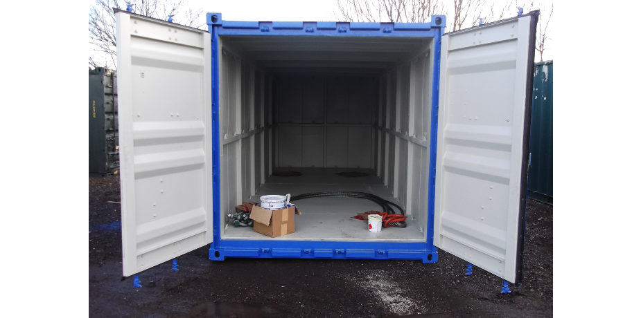 DNV 2.7-1 shipping container - front view with doors open